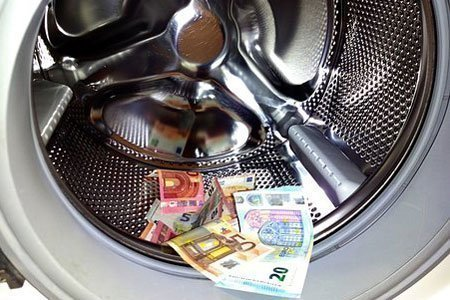 money in tumble dryer
